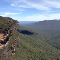 Hiking in the Blue Mountains of Australia