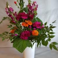 Flowers_from_garden_centerpiece_Dallas_TX