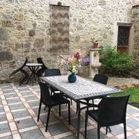 Le patio dans son ensemble.