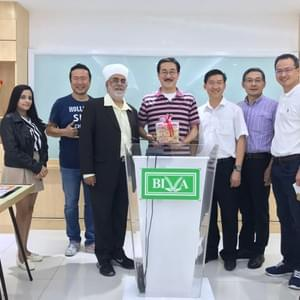 BIVA(Bangkok International VEGAN Alliance)の Mr.Paul会長と