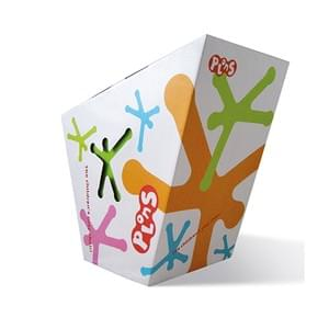 Plons is a play chair for children. The package design shows the silhouette of Plons, available in green, pink, blue and orange. The chair is visible through the die-cut. Plons is developed and designed by Gerald Russelman. As creative director at Studio Dumbar China. 2011.