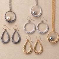 ■  唐草ピアス / パールネックレス  ■ arabesque pierced earrings/pearl necklace