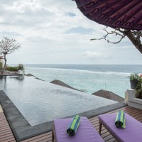 Infinity edge pool at Nusa Dua