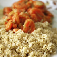 Quinoa with glazed carrots and ginger