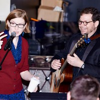 The Doubleclicks are always flashing gang signs