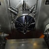 Machine de tournage 5axes en CNC
