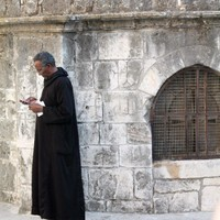 Texting at the Church of the Holy Sephulchre