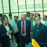 Mr. Rajesh Mittal, MD, GPWM showing the Waste Treatment Facility to the officials from Delhi Metro Rail Corporation (DMRC) and Central Pubilc Works Department (CPWD) on November 6, 2013.
