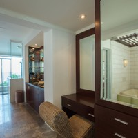 Marble tiled bathrooms in luxury villa in South Bali