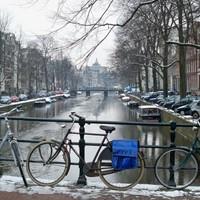 Bike canals - Amsterdam, Netherlands - 2010