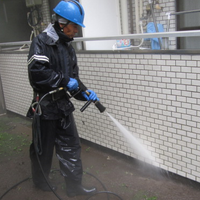 高圧洗浄機での清掃