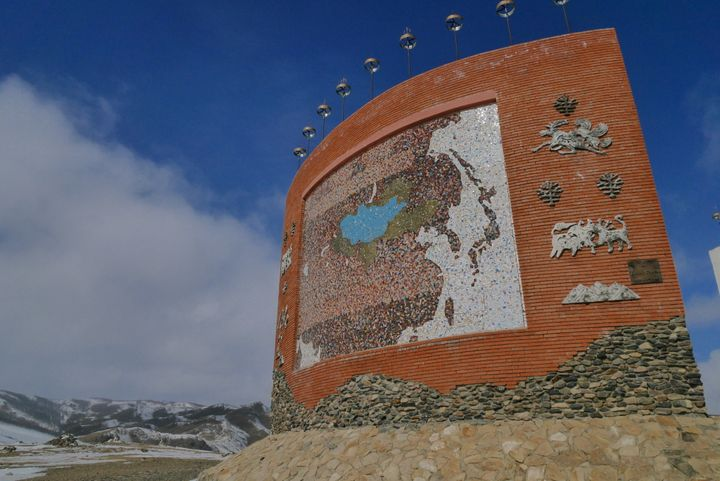 King's Monument on a hill in the west of Kharkhorin shows the map of territory in each important period of Mongolian history. It has an incredible panorama of Orkhon river too!