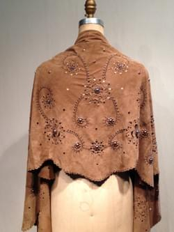 BACK VIEW LACE SUEDE SHAWL