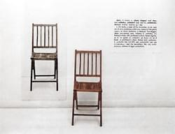 Joseph Kosuth, One and three chairs.