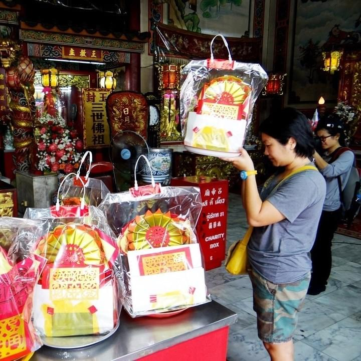 Walking Tour in China Town Bangkok