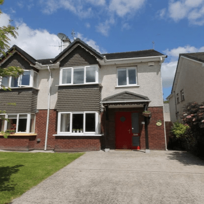 Colbert & Co are proud to present this beautiful home in the quiet Cul De Sac estate of Poppyfields Drive. A small development in Broomfield Village with mostly owner occupiers, this estate has become extremely popular over the past year.  All amentities are within walking distance of the property as Midleton town is one of the best equipped towns in East Cork. Everything you require including Train Station, Buses, resteraunts, primary and secondary schools, all major supermarkets and Cineplex. The N25 from Cork to Waterford bypasses Midleton and is easily accessed from Broomfield Village which has a relief road running around the back of town. Thsi is perfect for those commuting to and from City. Only 10 minutes from Little Island.  This home is very well maintained and has an abundance of extras including Water Filter, Fitted stove in front room and paneled glass doors throughout.