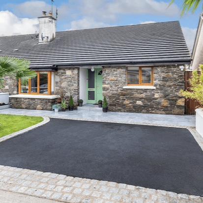 Colbert & Co estate agents proudly present this fantastic opportunity to purchase this beautiful semi-detached bungalow located in the quiet Cul De Sac of Broomfield Court and close to Midleton Town. Bungalows are rare in the town and seldom do they appear especially in such a quiet well-kept area. Built in 1999 this home is located approx a 5 minute walk from Midleton Town which boasts all major supermarkets, award winning restaurants, Omniplex, as well as the famous Farmers Market which is held every Saturday morning a short walk from your new home. The nearby train station provides easy access to and from Cork city and the new ring road provides relief from the busy town center should you wish to avoid.