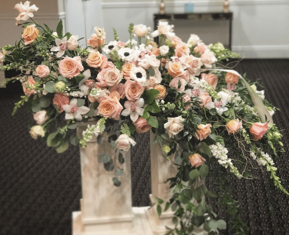 photo by FlowerWorkshop Casket funeral flowers Dallas, TX