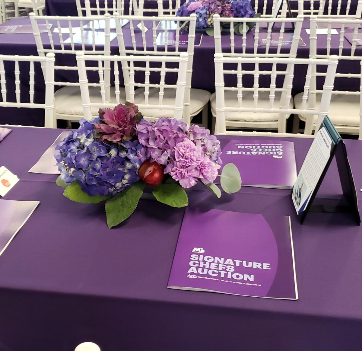 Dallas-TX-charity-fundraising-dinner-purple-centerpieces=signature-chefs-auction