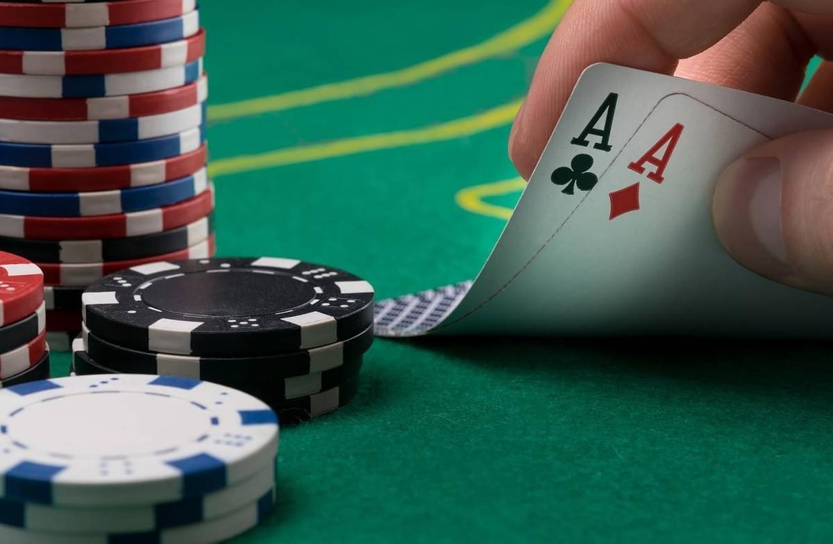 Ten Easy Steps To Play Poker Online