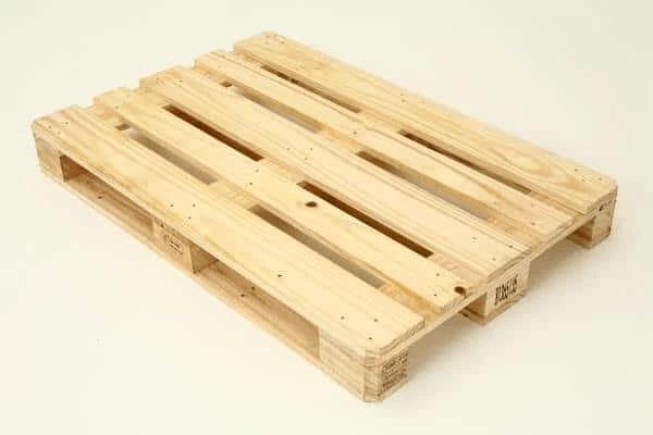 Pallet làm từ gỗ