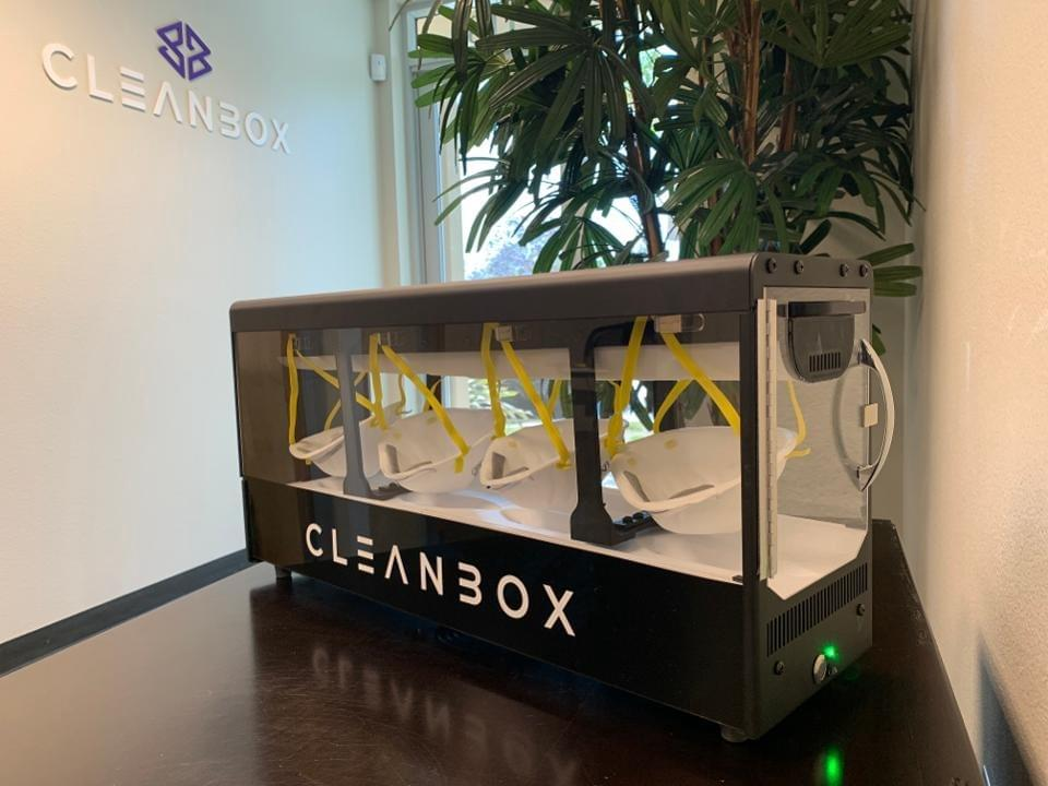Four N95 masks can be cleaned and dried in less than two minutes. Cleanbox
