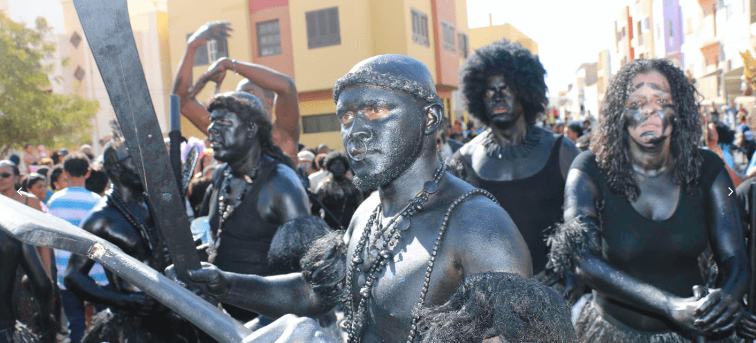 The beautiful and powerful Mandingas during Mindelo's Carnival