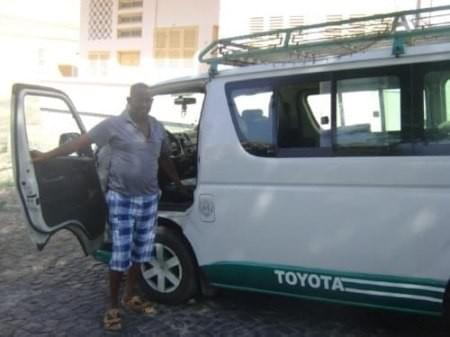 Group Airport Transfer Service in Mindelo