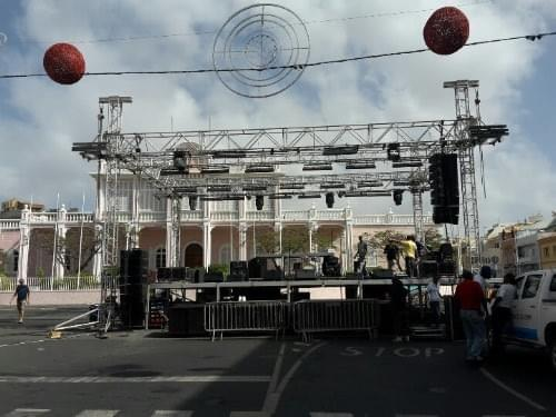 Building up the stage for New Year's Eve in Mindelo