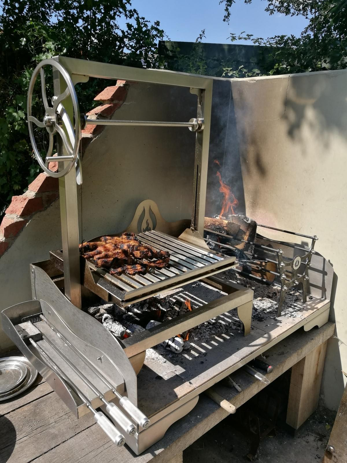Asado Saltero Parrilla Grill on Small Tabletop Fire Table with Brasero made in the UK