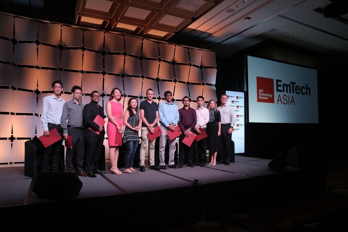 MIT Technology Review's Regional Innovators under 35 (L-R): John Ho, Gang Wang; Dhesi Raja, Angela Wu, Dawn Tan, Simon Gross, Prateek Saxena; Sumeet Walia and Zhi Wei Seh with Antoinette Matthews and Steve Leonard.