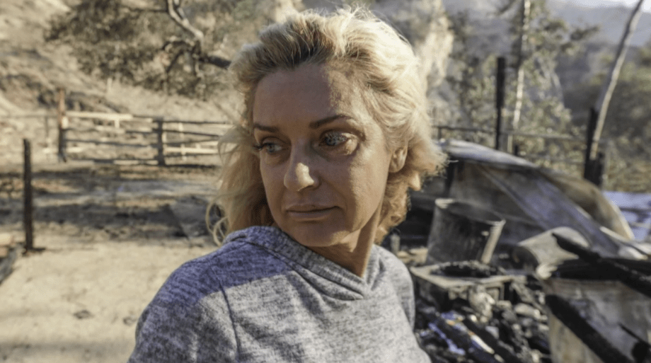 Gail Thackray is distraught over loss of her home and two horses when Creek fire swept through Indian Springs Ranch along Little Tujunga. (Irfan Khan / Los Angeles Times)