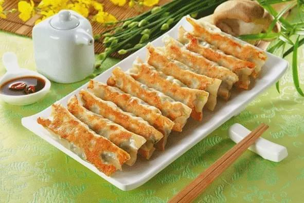 Potstickers (Guo Tie) 锅贴 best dumplings in China Spoonhunt