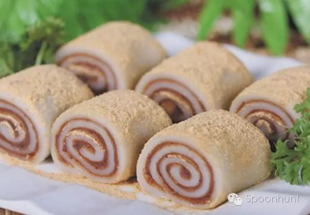 Tianjin 天津 China signature dessert Donkey Rolls 驴打滚