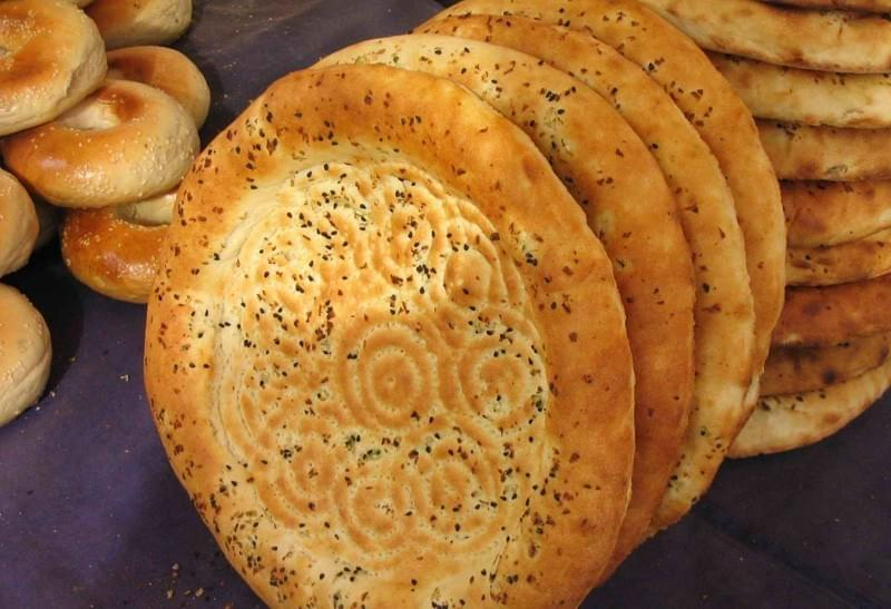 Uyghur (Uighur) Xinjiang Breakfast of Roast Flatbread