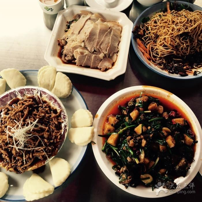 Hong Dou Yuan near Green Lake 翠湖 in Kunming 昆明 Best Food and Restaurants in China on Spoonhunt Travel Food Guide