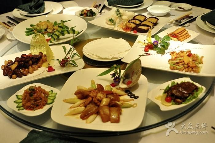 Green Lake Manor near Green Lake 翠湖 in Kunming 昆明 Best Food and Restaurants in China on Spoonhunt Travel Food Guide