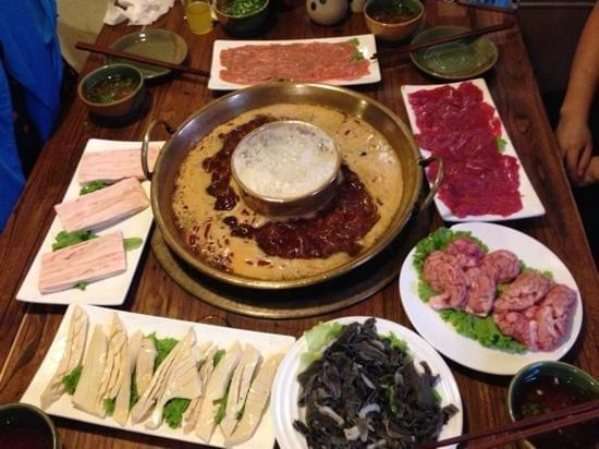 Best Hot Pot in Sanlitun Yangjia Hot Pot 杨家火锅 on Spoonhunt in Beijing
