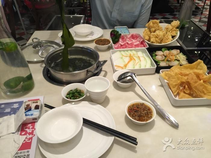 One Brother Macau Hot Pot 一哥澳门豆捞 Spoonhunt Guangzhou Guide for Travelers