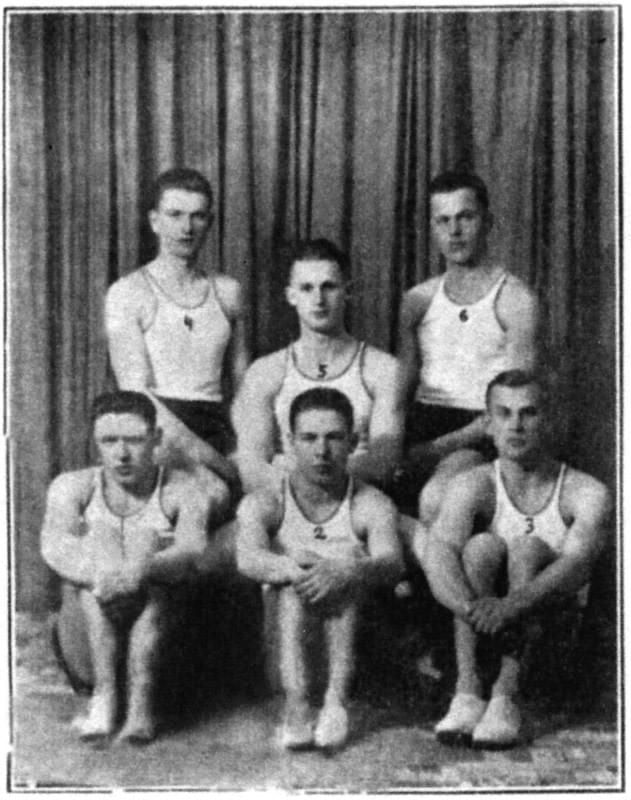 Picture source:avezink.livejournal.com; The First Voleyball Team of the Shanghai Russian Regiment