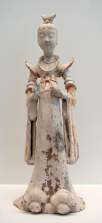 Picture source: Wikipedia; A terracotta sculpture of a woman, 7th–8th century; during the Tang era, female hosts prepared feasts, tea parties, and played drinking games with their guests.