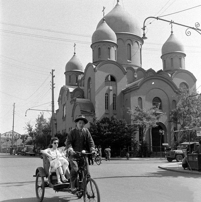 Picture source:Wikipedia; Russian Orthodox Church in Old Shanghai