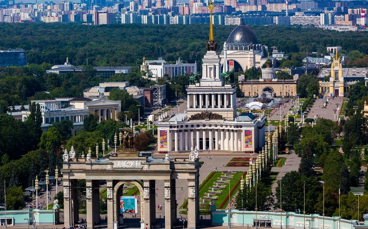 Picture source: yandex.kz, VSKhV  in Moscow