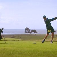 Garlin competing in the '14 Speedgolf World Championships at Bandon Dunes OR