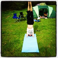 yogi j yoga james cassidy headstand sirsasana