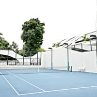 tennis court - open daily from 7:00am to 10:00pm