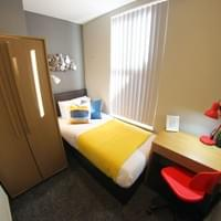 Short let bedroom - Everton, L4