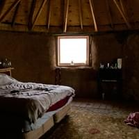 Earthship Interior, Bedroom, Greater World Community