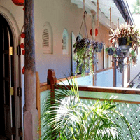 Best Romantic Hotels de Charme / Boutique Hotel with a French Touch in the center of Galle Fort