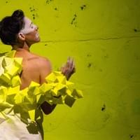 Broken Shreds of Us / Performance by Syv Bruzeau / Photo credit Marie Dailey